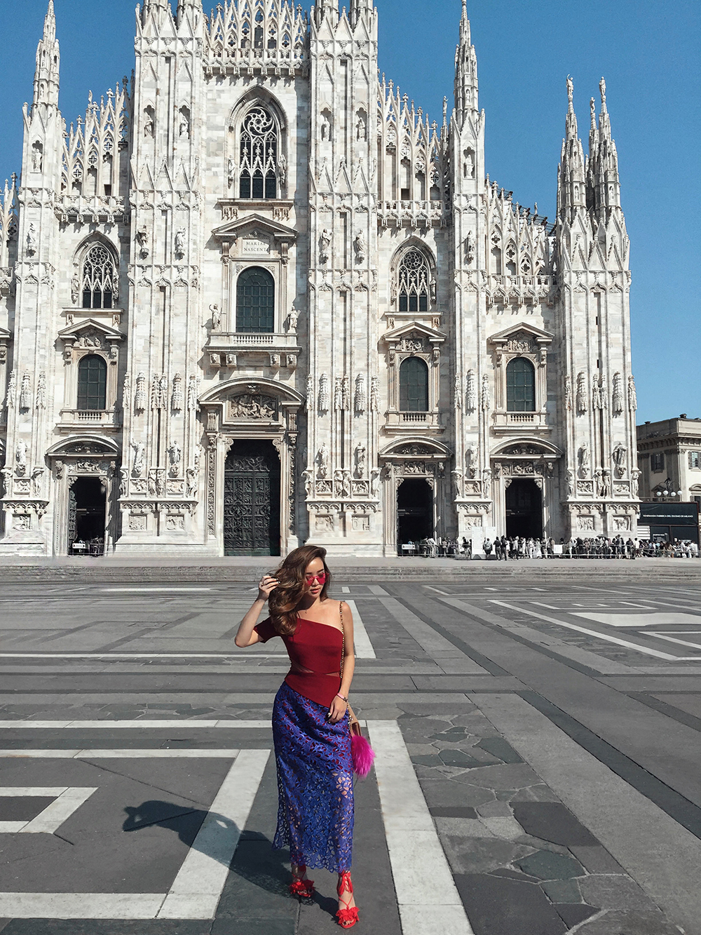 willabelle-ong-paledivision-street-style-fashion-travel-lifestyle-blog-australia-singapore-blogger-italy-three-floor-lace-dress-review-four-seasons-hotel-milan-duomo-cathedral