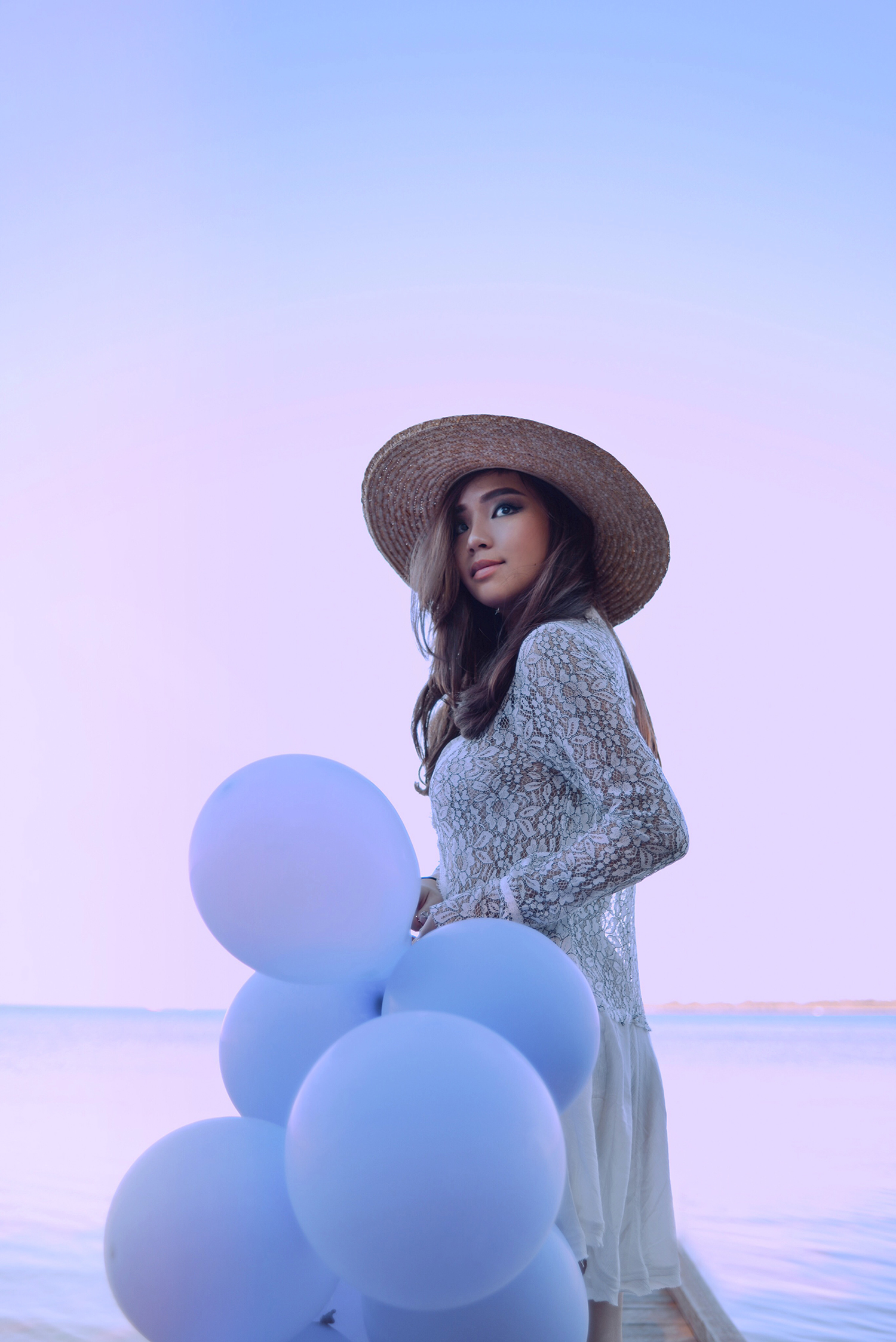 willabelle-ong-paledivision-street-style-fashion-travel-lifestyle-blog-australia-singapore-blogger-perth-lake-pastel-revolve-free-people-new-tell-tale-lace-tunic-balloons-1