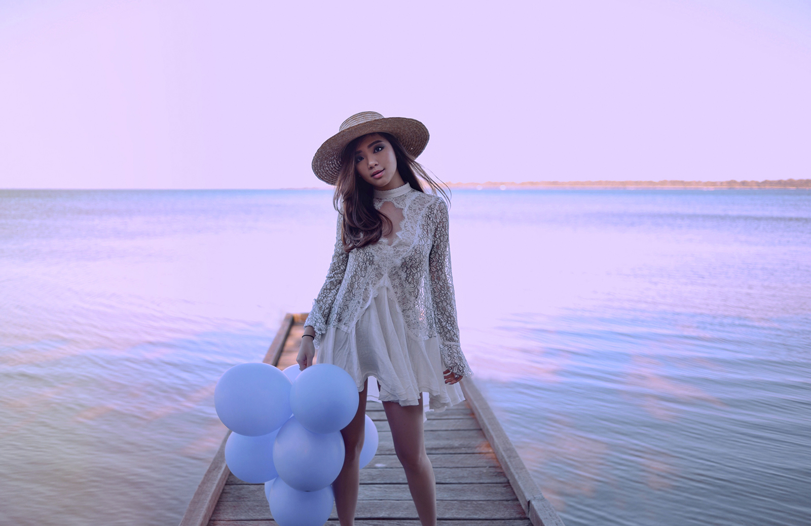 willabelle-ong-paledivision-street-style-fashion-travel-lifestyle-blog-australia-singapore-blogger-perth-lake-pastel-revolve-free-people-new-tell-tale-lace-tunic-balloons