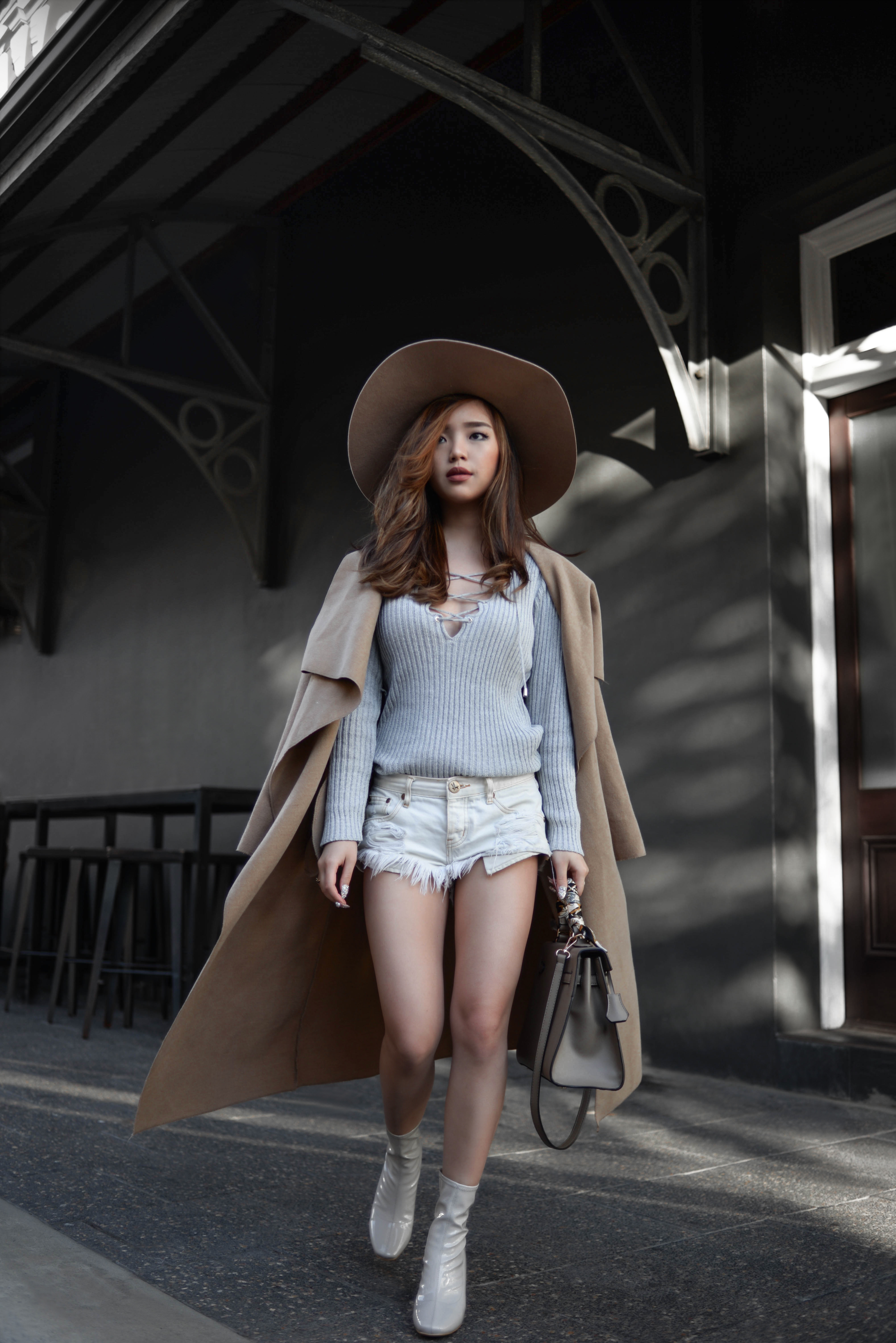 willabelle-ong-paledivision-street-style-fashion-travel-lifestyle-blog-singapore-australia-perth-perspex-heel-boots-denim-shorts-grey-outfit-editorial-fashionweek-1