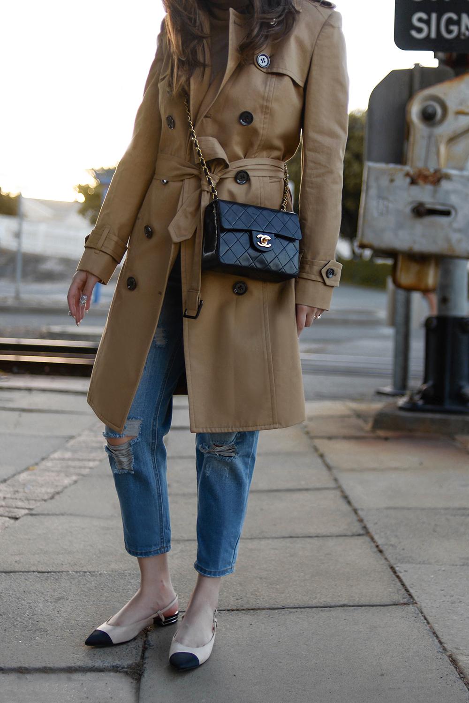 willabelle-ong-paledivision-street-style-fashion-travel-lifestyle-blog-singapore-australia-perth-trench-coat-blue-denim-jeans-editorial-fashionweek-3