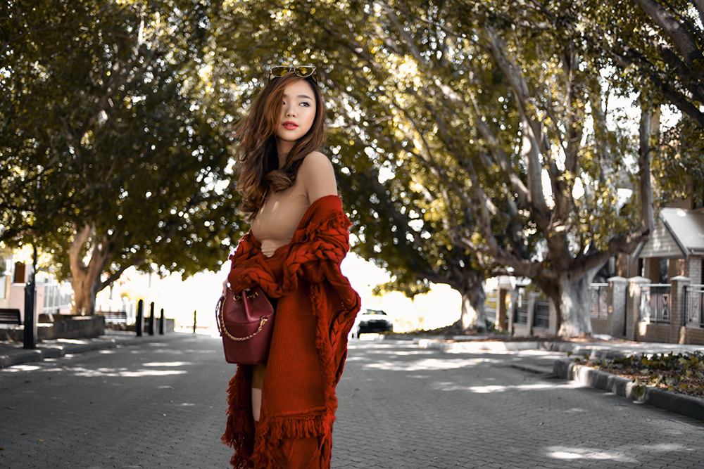 willabelle-ong-paledivision-street-style-fashion-travel-lifestyle-blog-singapore-australia-revolve-clothing-jeffrey-campbell-thigh-high-suede-red-boots-knit-cardigan-outfit-editorial-4