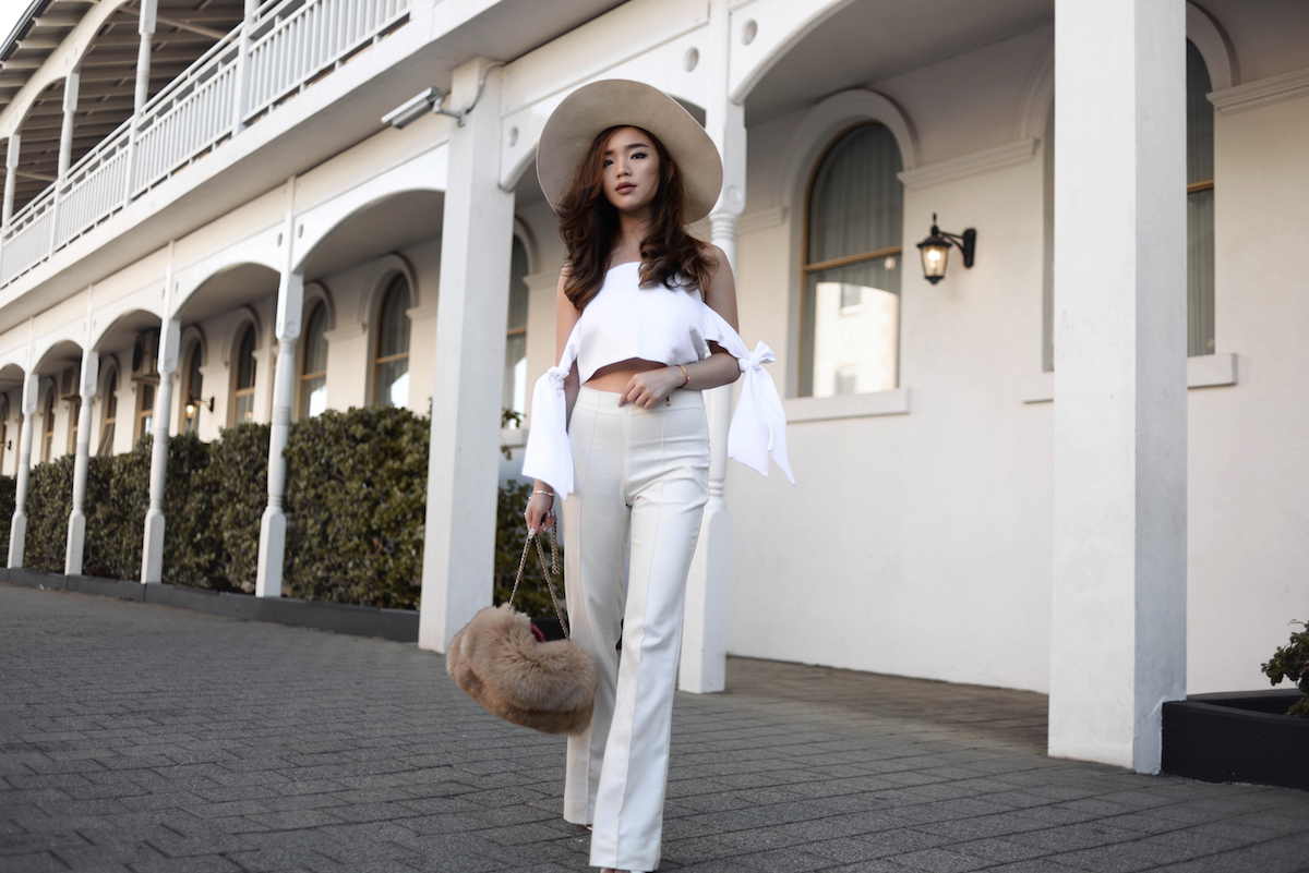 willabelle-ong-paledivision-white-street-style-personal-fashion-travel-lifestyle-blog-singapore-australia-perth-monica-vinader-fur-bag-balayage-hair-editorial-fashionweek