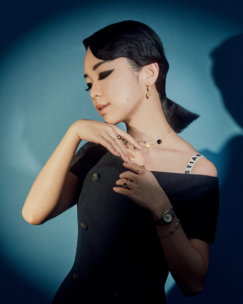 Singapore Fashion Blogger and Digital Creative Willabelle Ong @willamazing dressed in Christian Dior Joaillerie fine jewellery, watch, top, tulle skirt
